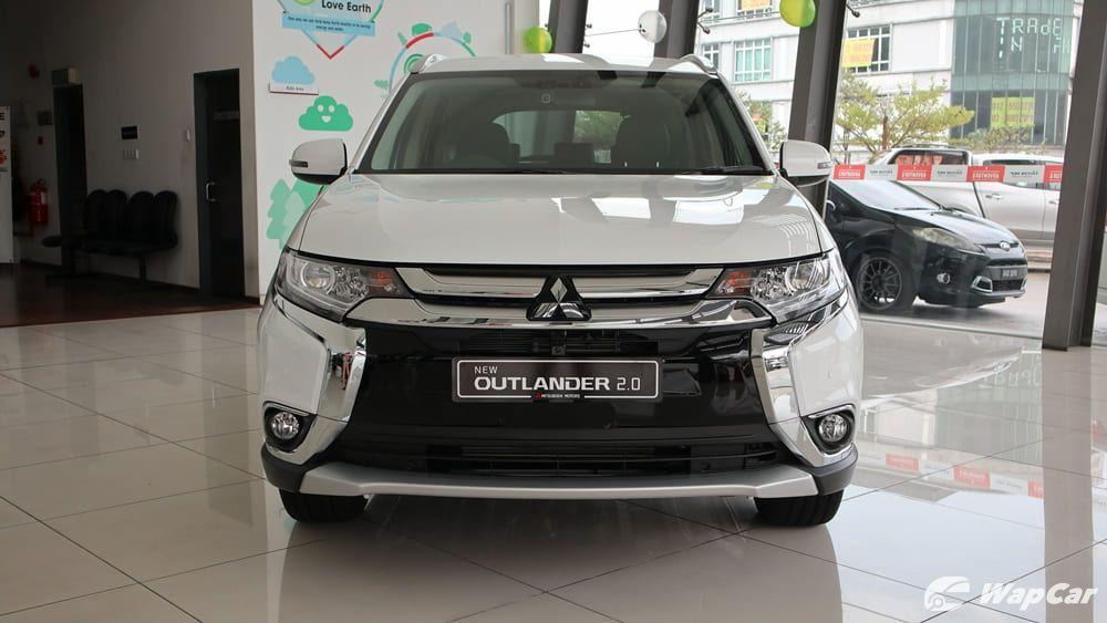 2018 Mitsubishi Outlander 2.0 CVT (CKD) Exterior 003