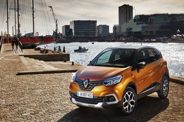 TC Euro Cars is running a 15-day Renault Passion Week on Shopee!