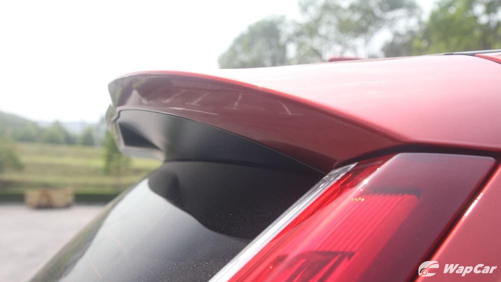 kereta honda crv-Think i can't understand this. Should car audio of kereta honda crv be in the adapter or car deck? Did i just get cheated?02