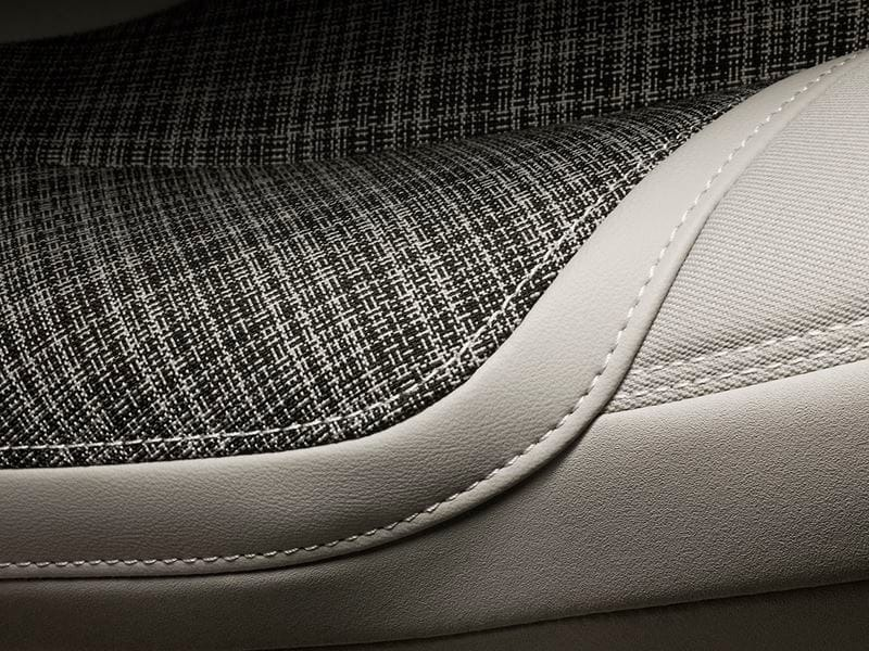 Volvo V40 (2018) Interior 008