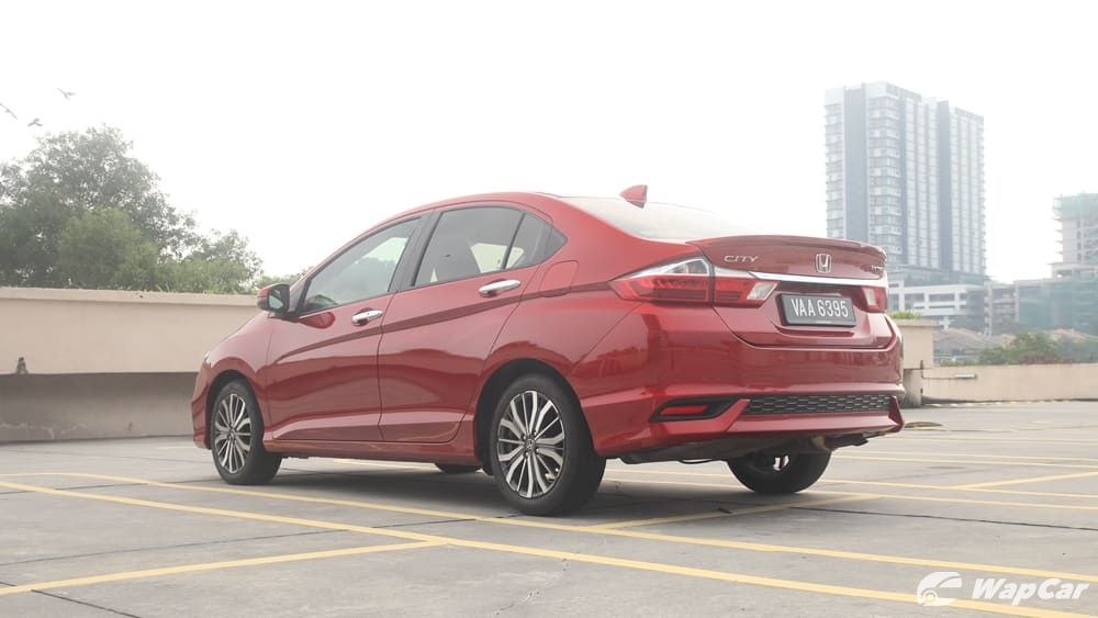 honda city hitech-Which kind is suitable? Can I get honda city hitech as my first car? I think i just felt it.10