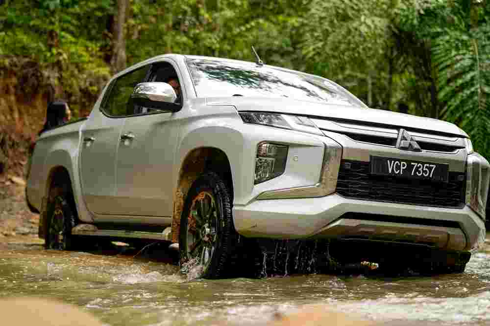 This is why the Mitsubishi Triton's Super Select 4WD is the best