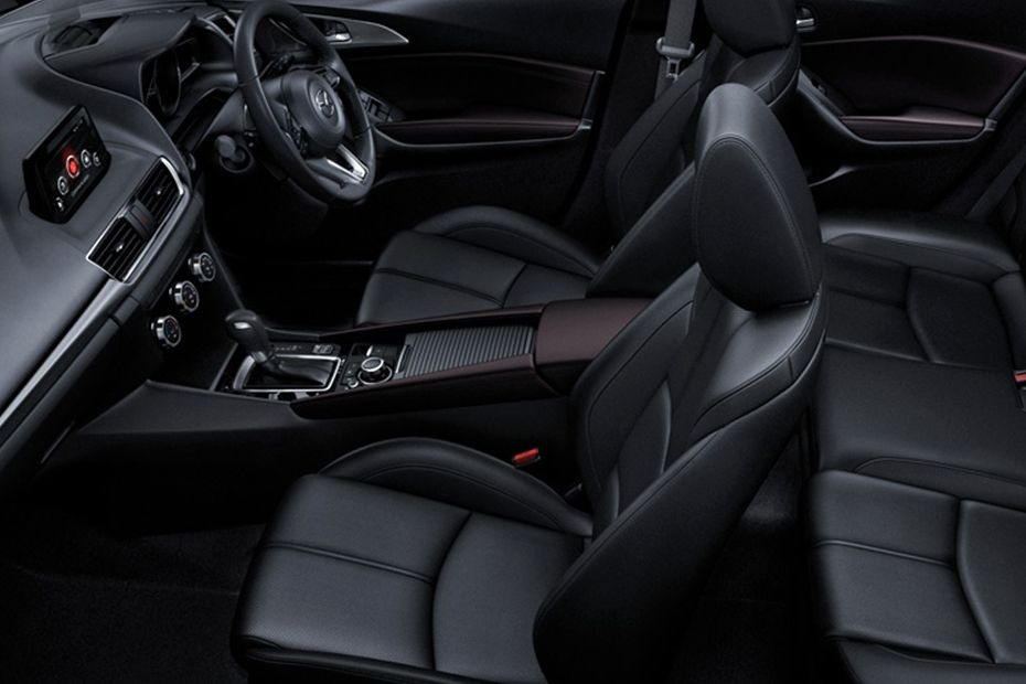 Mazda 3 Sedan (2018) Interior 007