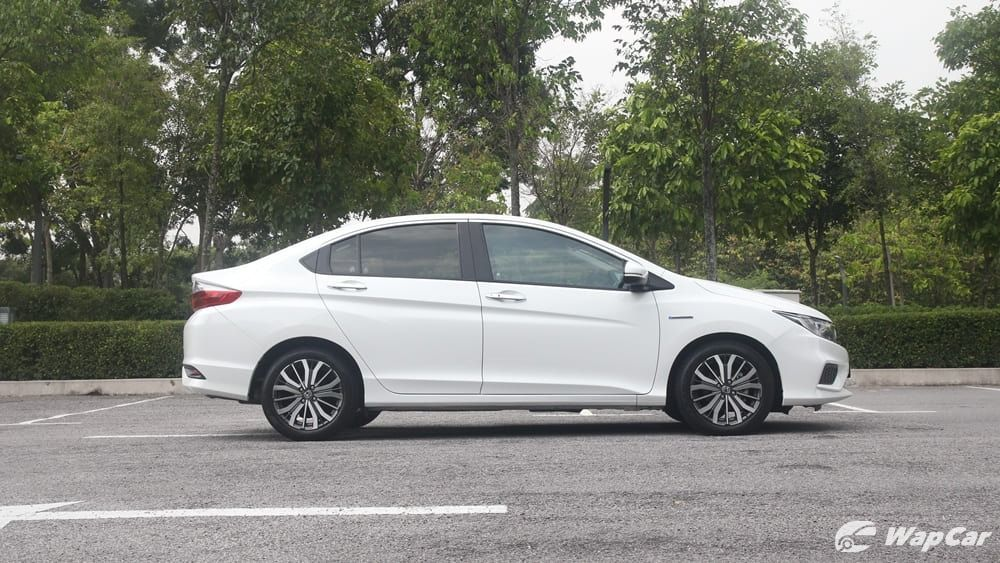 new honda city ivtec-I am contributing in getting a new honda city ivtec. Is the fuel economy of the new honda city ivtec the best in class? Can i just keep it?03