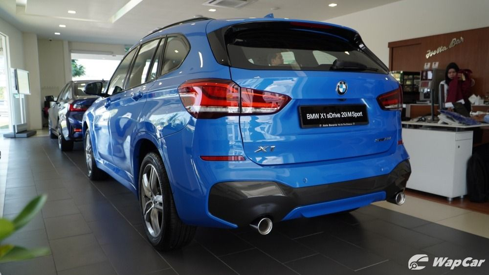 2020 BMW X1 rear view