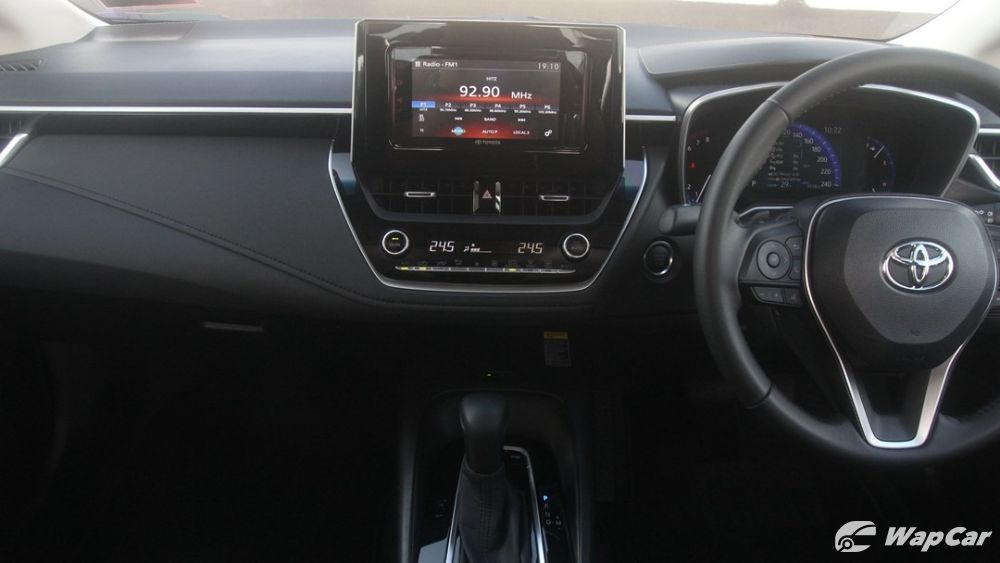 2019 Toyota Corolla Altis 1.8G Others 004