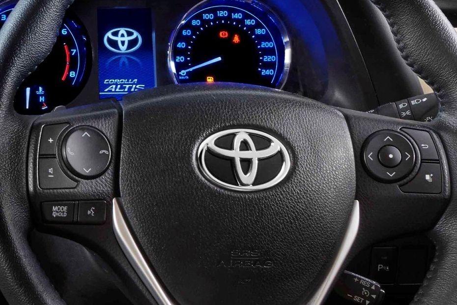 Toyota Corolla Altis (2018) Others 003